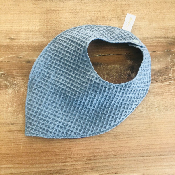 bavoir bleu nid d'abeille kalavy