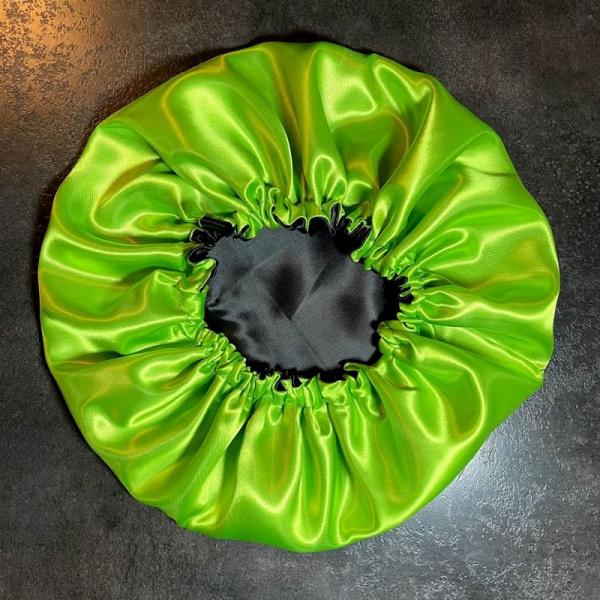 bonnet de nuit noir et vert anis