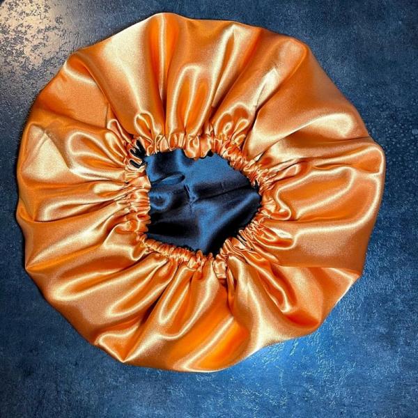 Bonnet de nuit noir orange